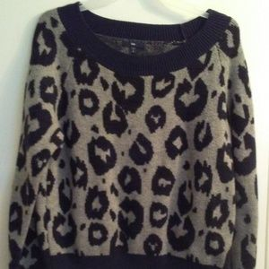 Gap Leopard  Pullover Sweater